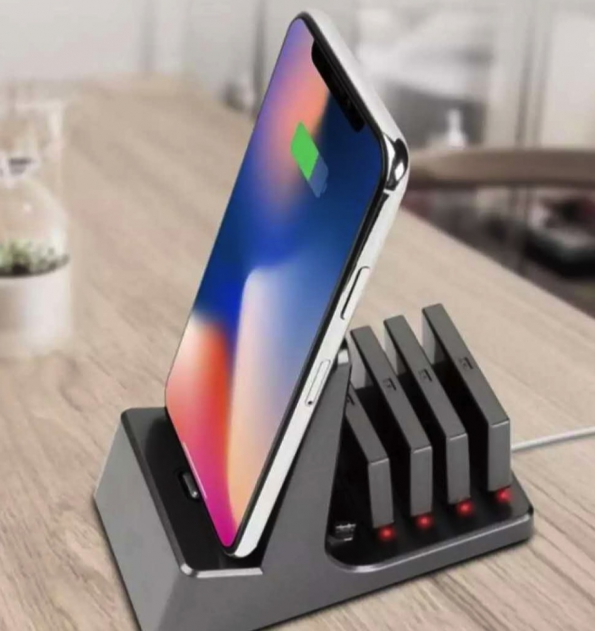 Magnetic Charging Stand Portable Power Bank 3-in-1